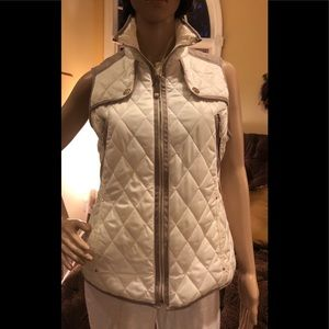 Vince Camuto Quilted Ivory Vest with Faux Suede XS